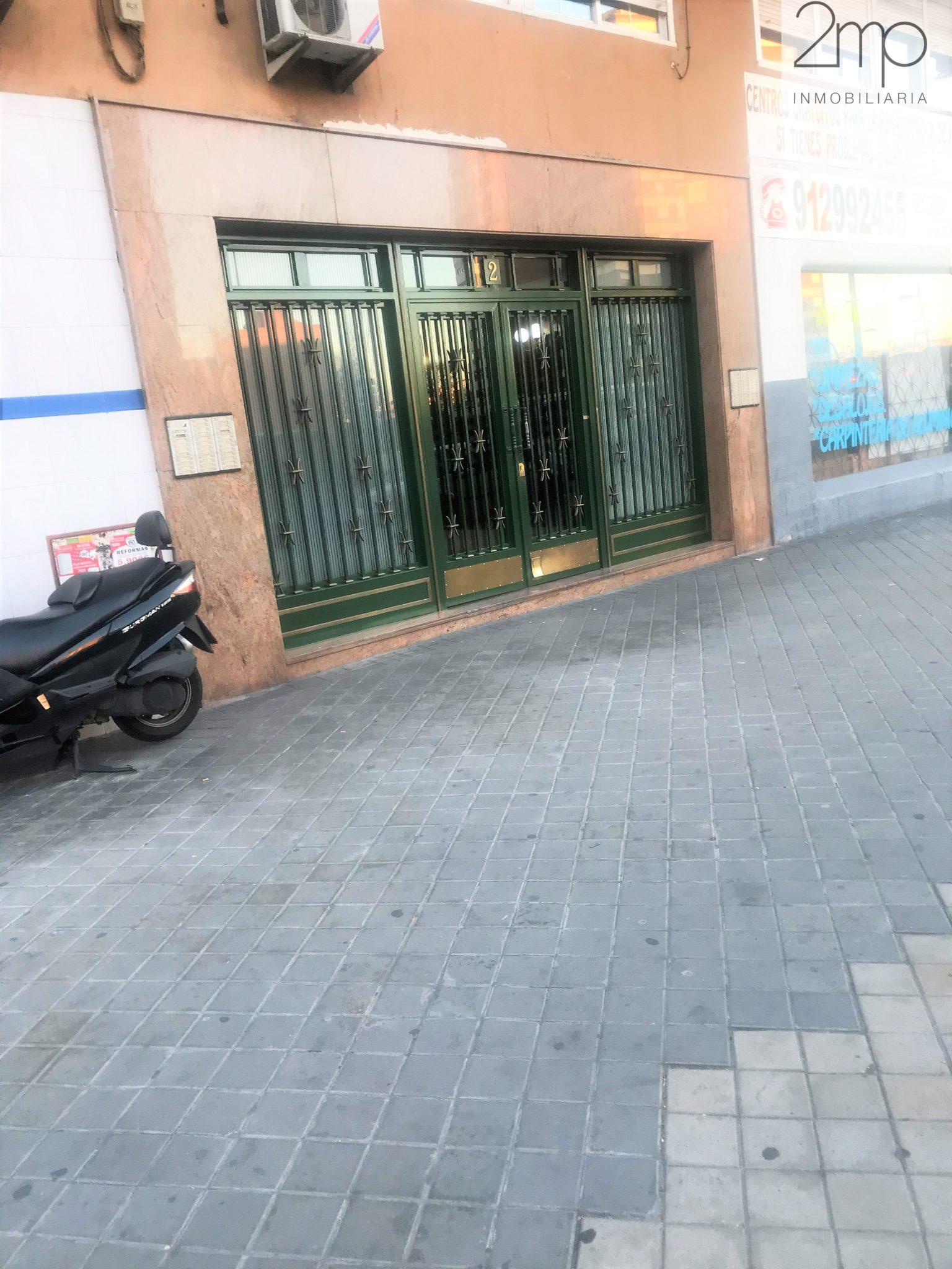 Piso en Av. Córdoba, Madrid